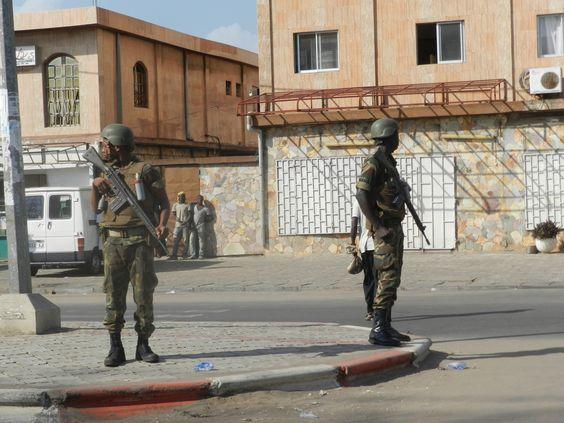 militaires qui maitiennent l'ordre en lieu et place des policiers et gendarmes